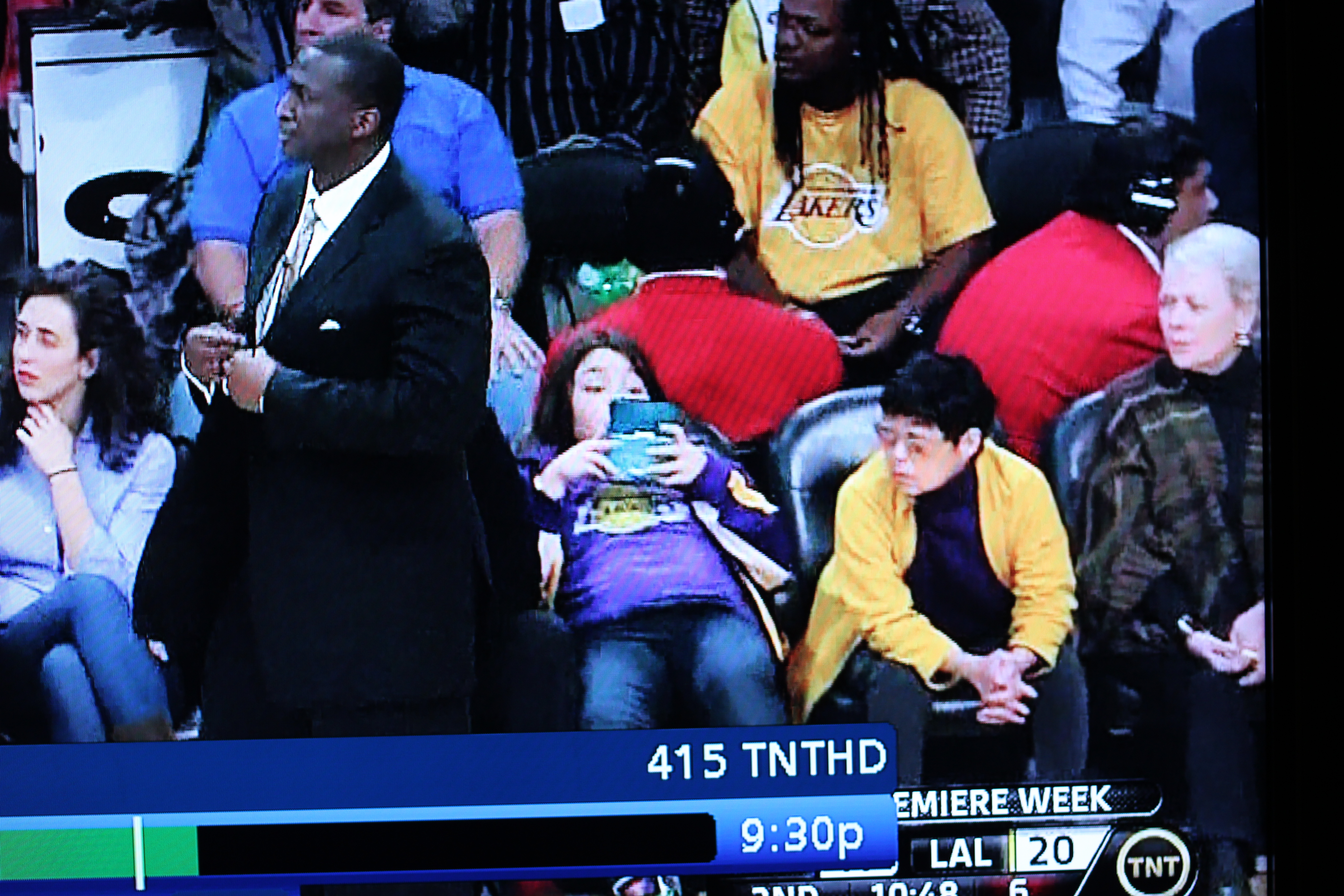 Asian lady courtside lakers
